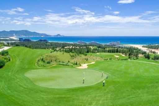Giải đấu được tổ chức tại sân golf FLC Golf Links Quy Nhơn