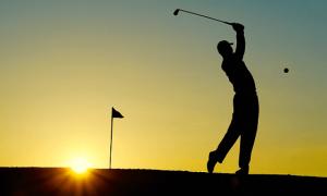 Tập golf có tác dụng gì?