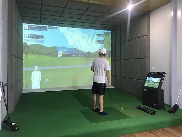 Phòng golf 3D thiết kế ốp da toàn bộ khung.