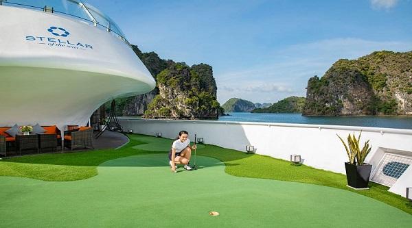 Mini golf trên du thuyền